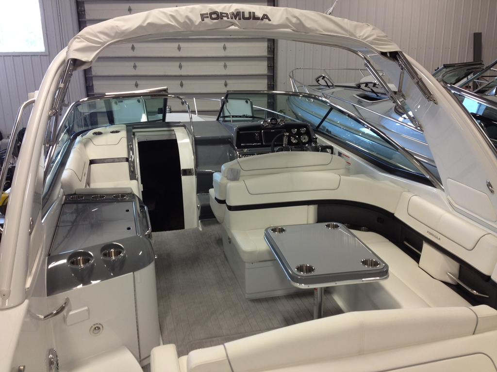 2017 Formula boat for sale, model of the boat is 310 SS & Image # 11 of 16
