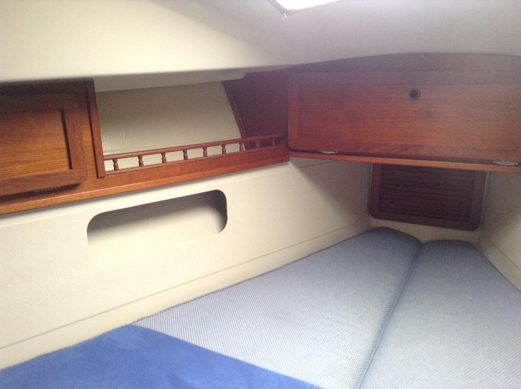 1982 Mirage boat for sale, model of the boat is 33 Sloop & Image # 9 of 15