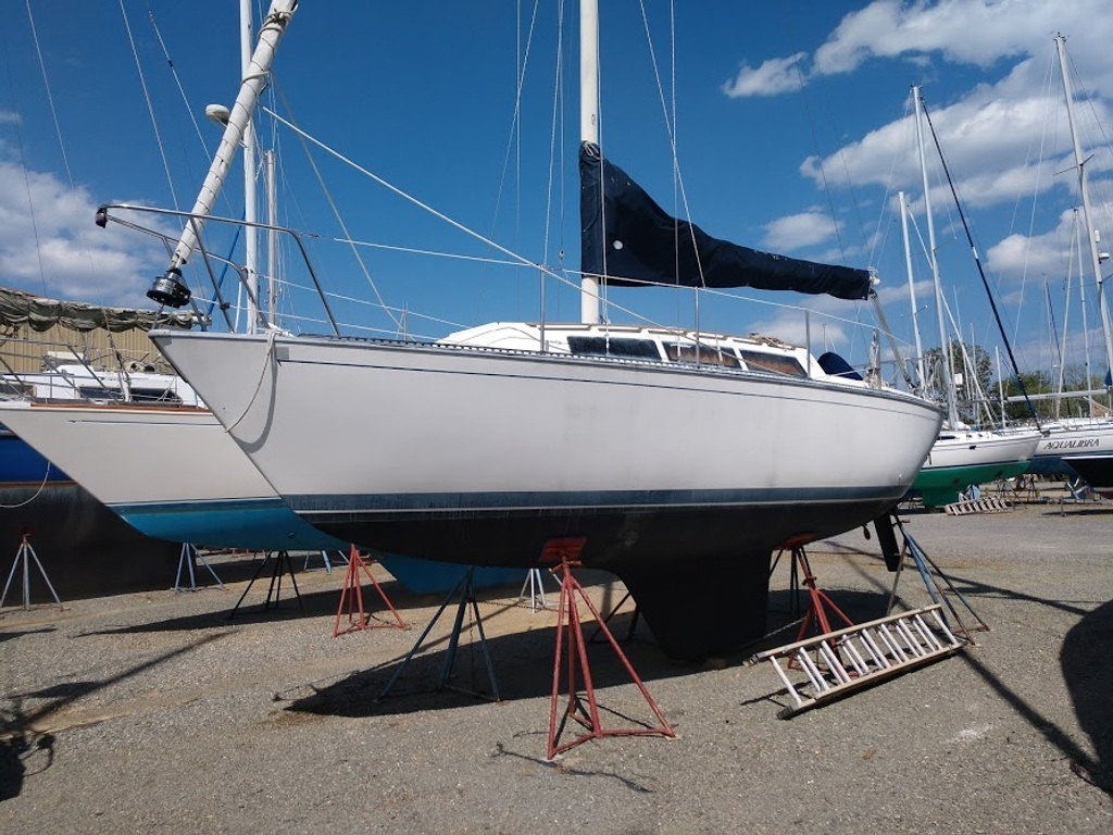 1985 S2 boat for sale, model of the boat is S2 8.6 Meter & Image # 1 of 10