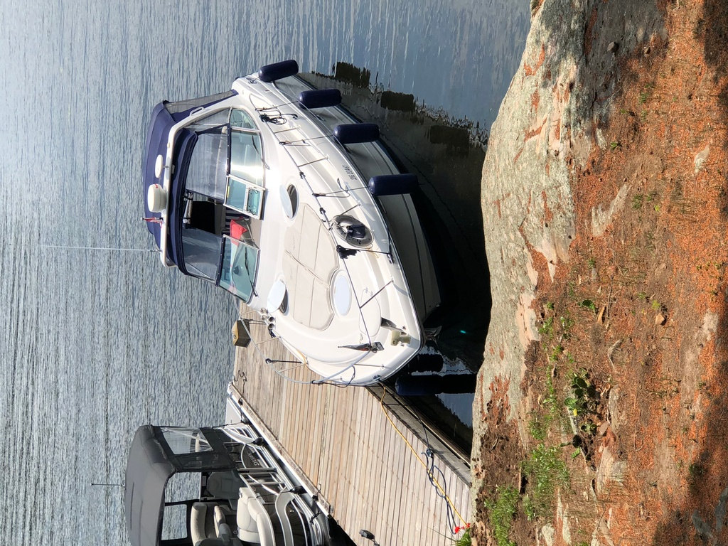 2001 Four Winns boat for sale, model of the boat is 328 Vusta & Image # 5 of 23