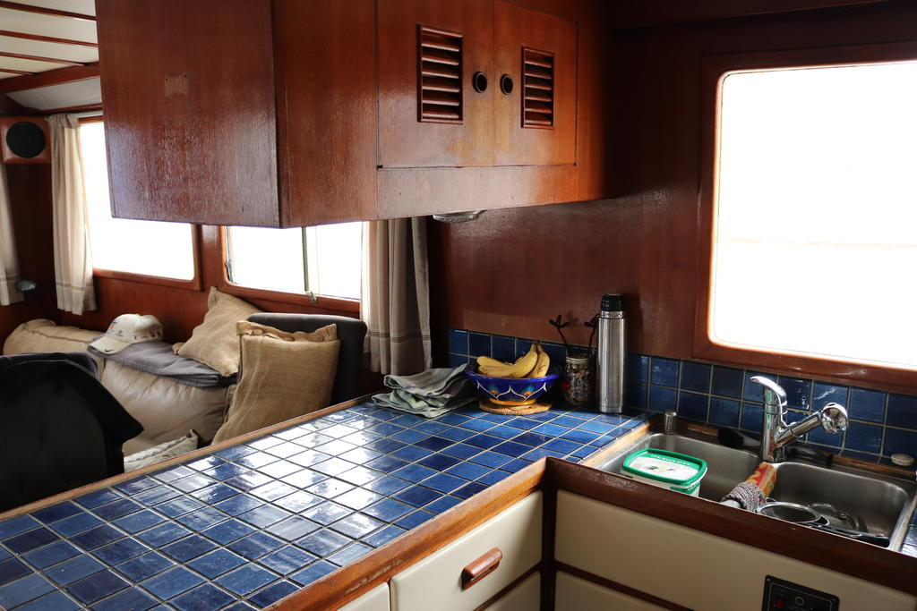 1981 Sea Ranger boat for sale, model of the boat is Pilot House & Image # 8 of 24