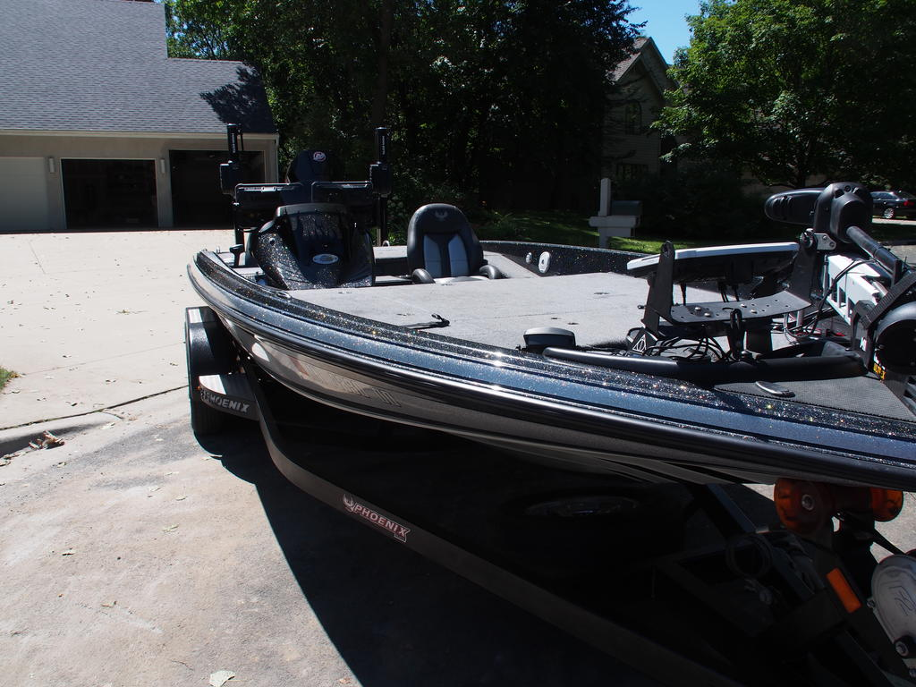 2019 Phoenix Boats boat for sale, model of the boat is Phoenix 20PHX & Image # 2 of 10
