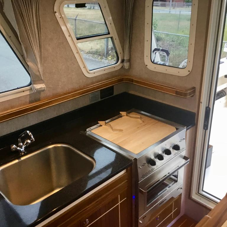2018 Seasport boat for sale, model of the boat is COMMANDER 2800 & Image # 35 of 156