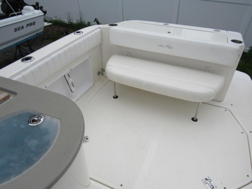 2006 Sea Ray boat for sale, model of the boat is 270 Amberjack & Image # 21 of 48