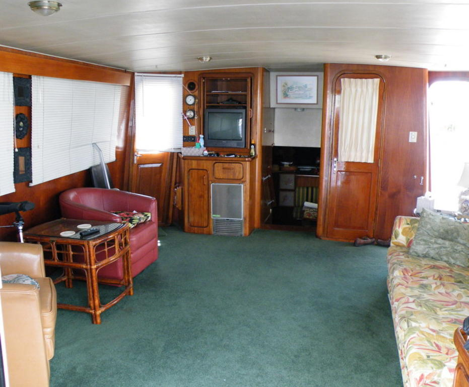 1987 Gulfstar boat for sale, model of the boat is cabin cruser & Image # 2 of 15