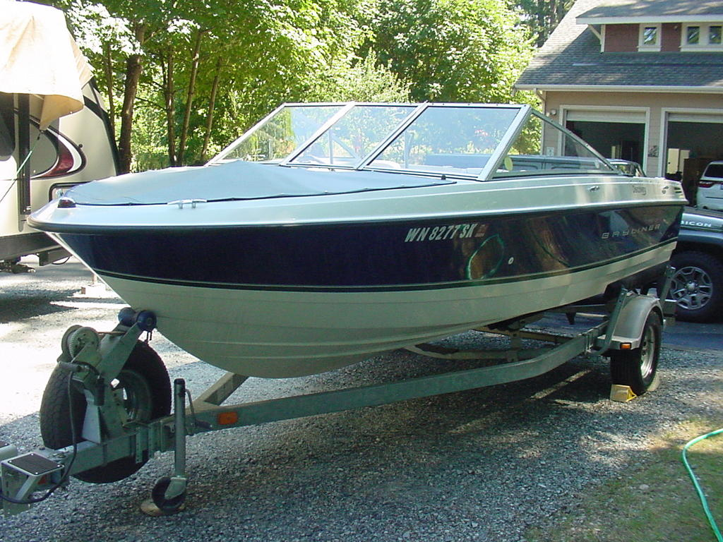 2012 Bayliner boat for sale, model of the boat is Discovery 195 BR & Image # 1 of 16
