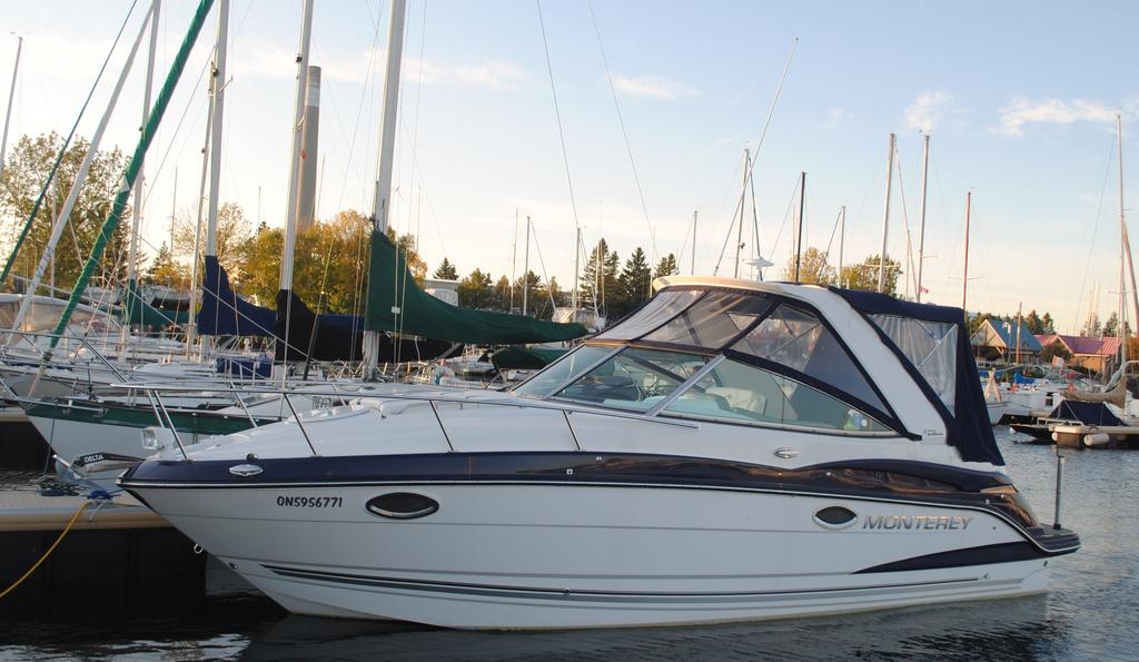 2018 Monterey boat for sale, model of the boat is 275SY & Image # 2 of 27