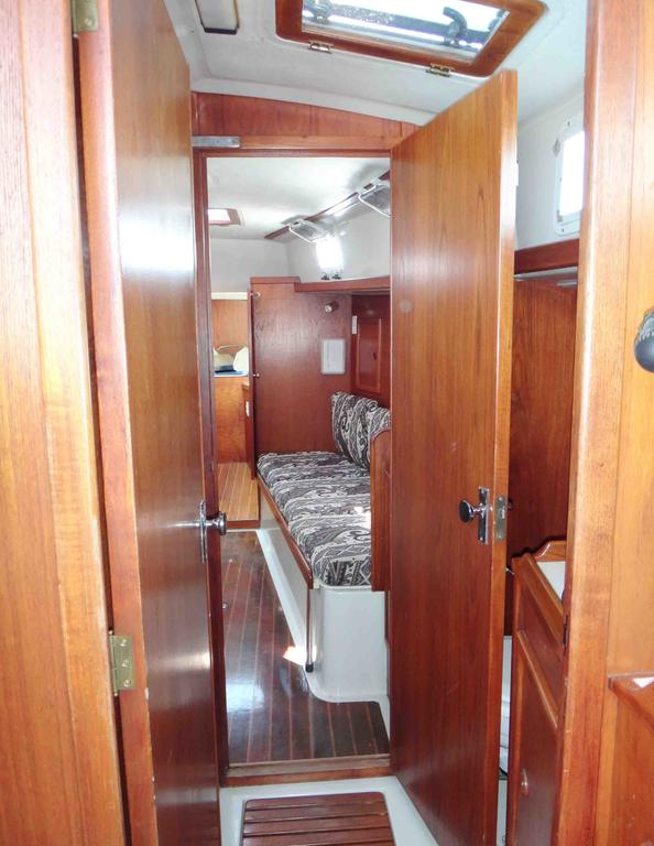 1981 Niagara boat for sale, model of the boat is 35 MkI Sloop & Image # 15 of 18