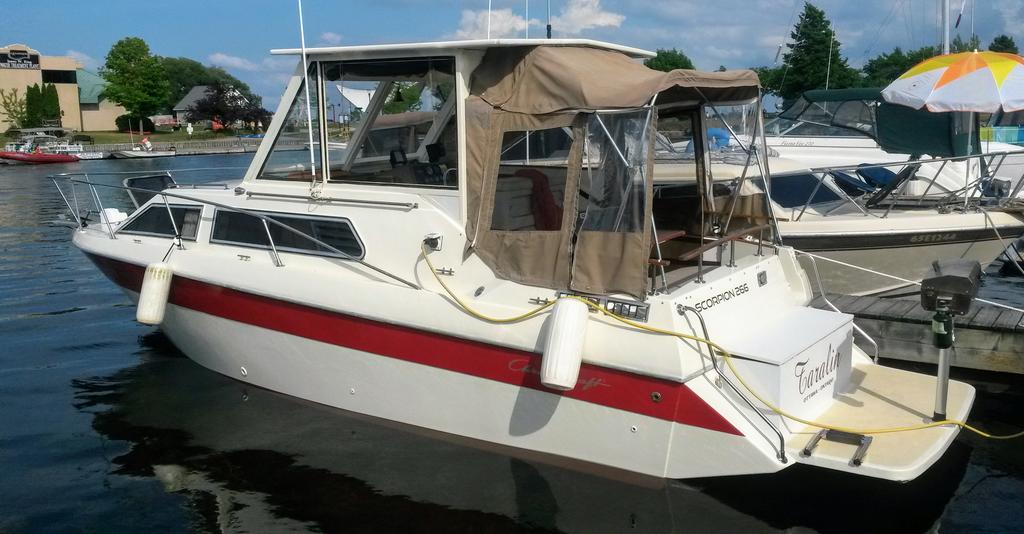 1985 Chris Craft boat for sale, model of the boat is 266 Scorpion & Image # 4 of 9