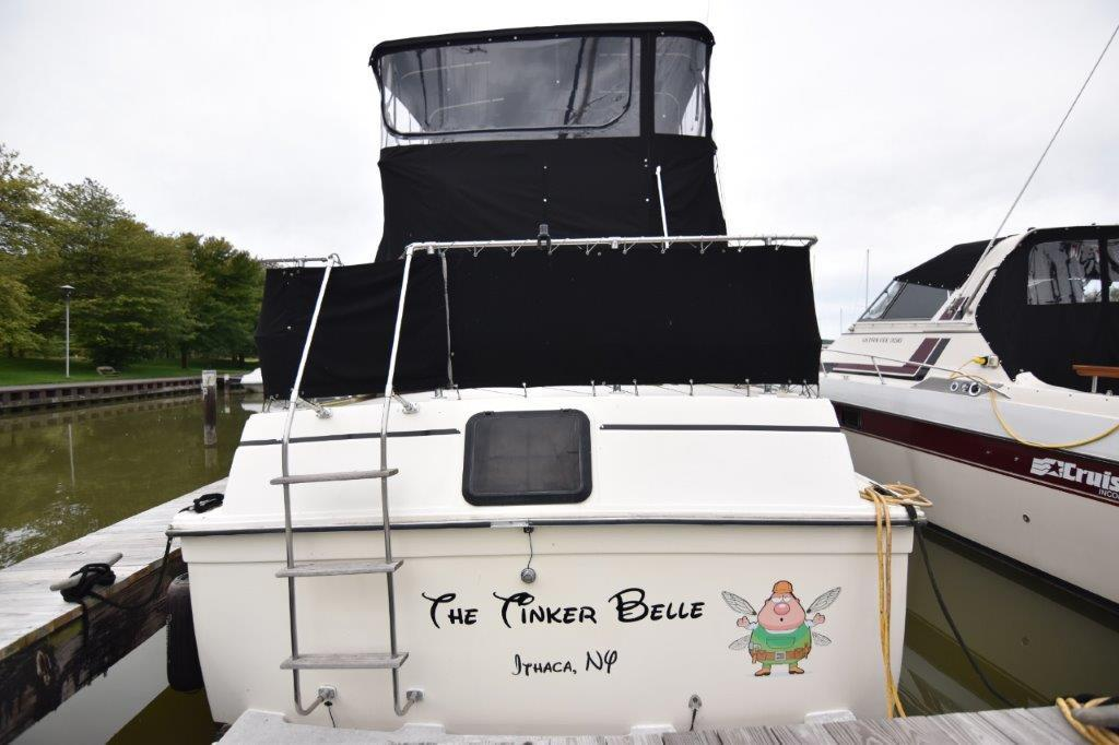 1981 Carver boat for sale, model of the boat is Aft Cabin 3007 & Image # 4 of 21