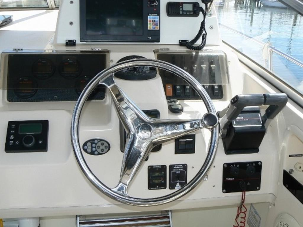 2003 Grady-White boat for sale, model of the boat is Marlin 300 & Image # 6 of 8