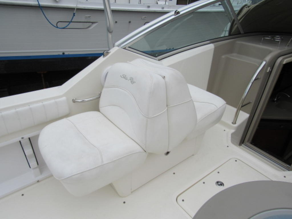2006 Sea Ray boat for sale, model of the boat is 270 Amberjack & Image # 22 of 48