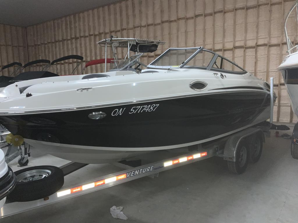 2017 Stingray boat for sale, model of the boat is 215 LR & Image # 1 of 13
