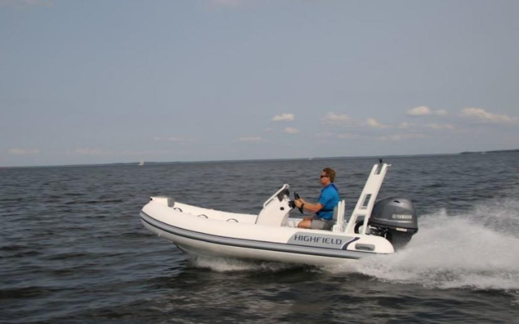 2018 Highfield boat for sale, model of the boat is Ocean Master 390 Deluxe & Image # 7 of 7