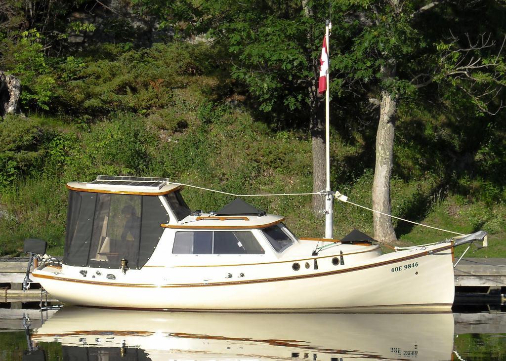 1989 Halman boat for sale, model of the boat is Bluejacket 23 MS Pilothouse & Image # 2 of 10