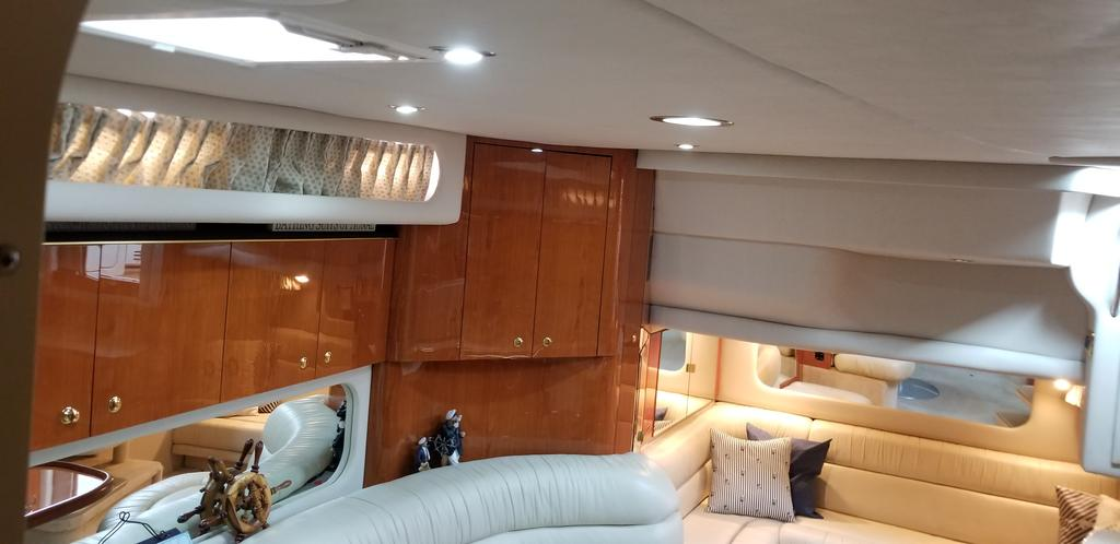 2001 Sea Ray boat for sale, model of the boat is Sundancer 380 & Image # 1 of 13