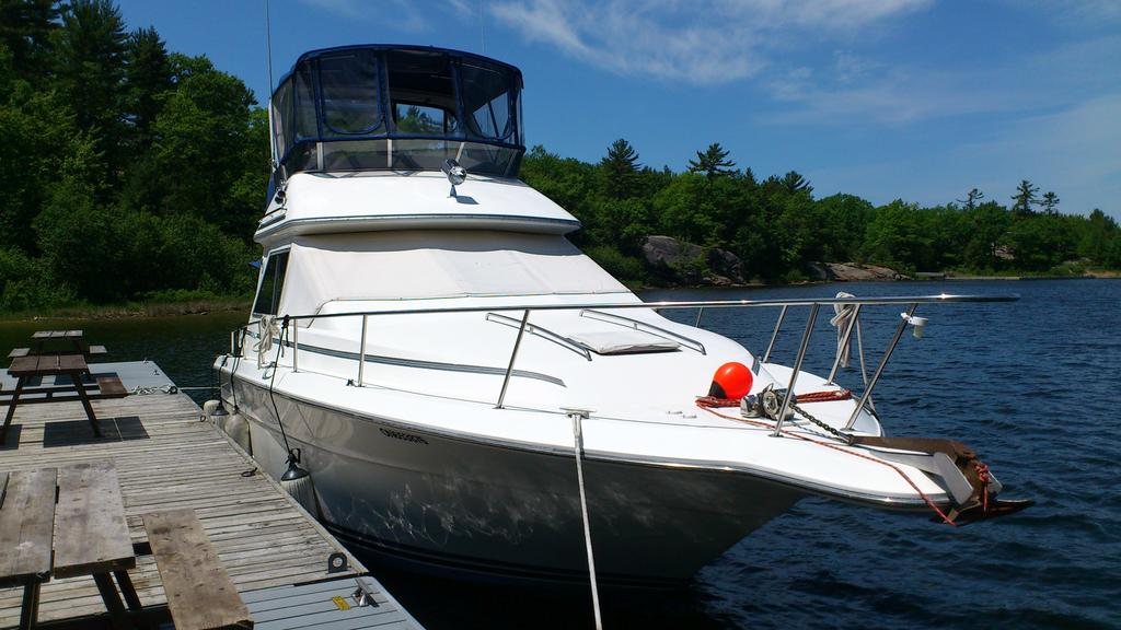 1989 Sea Ray boat for sale, model of the boat is 340 / 345 Sedan Bridge & Image # 22 of 52
