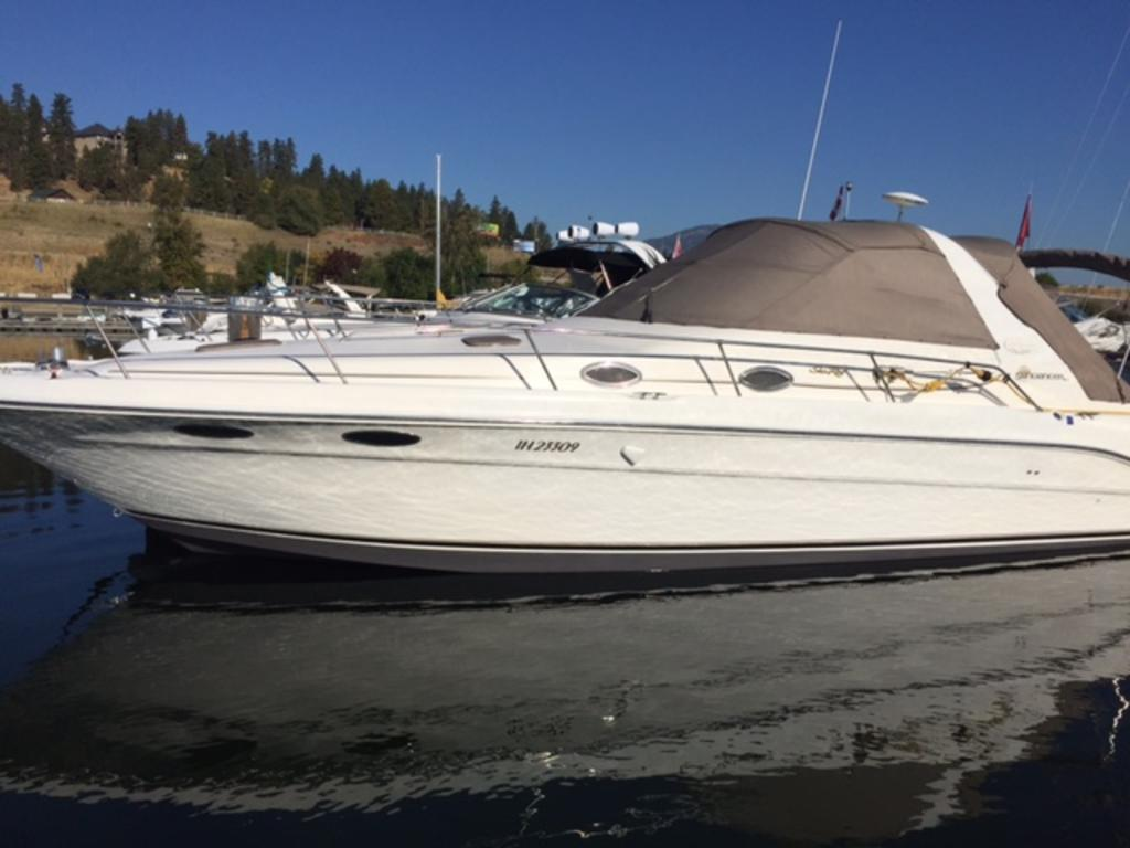 1996 Sea Ray boat for sale, model of the boat is 330 Sundancer DA & Image # 2 of 15