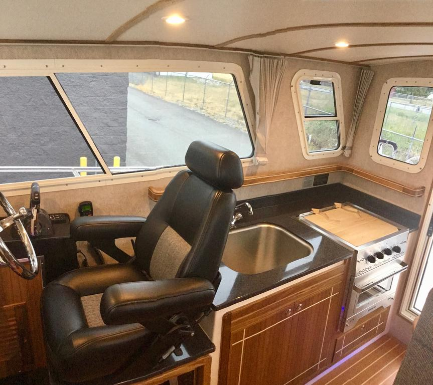 2018 Seasport boat for sale, model of the boat is COMMANDER 2800 & Image # 116 of 156