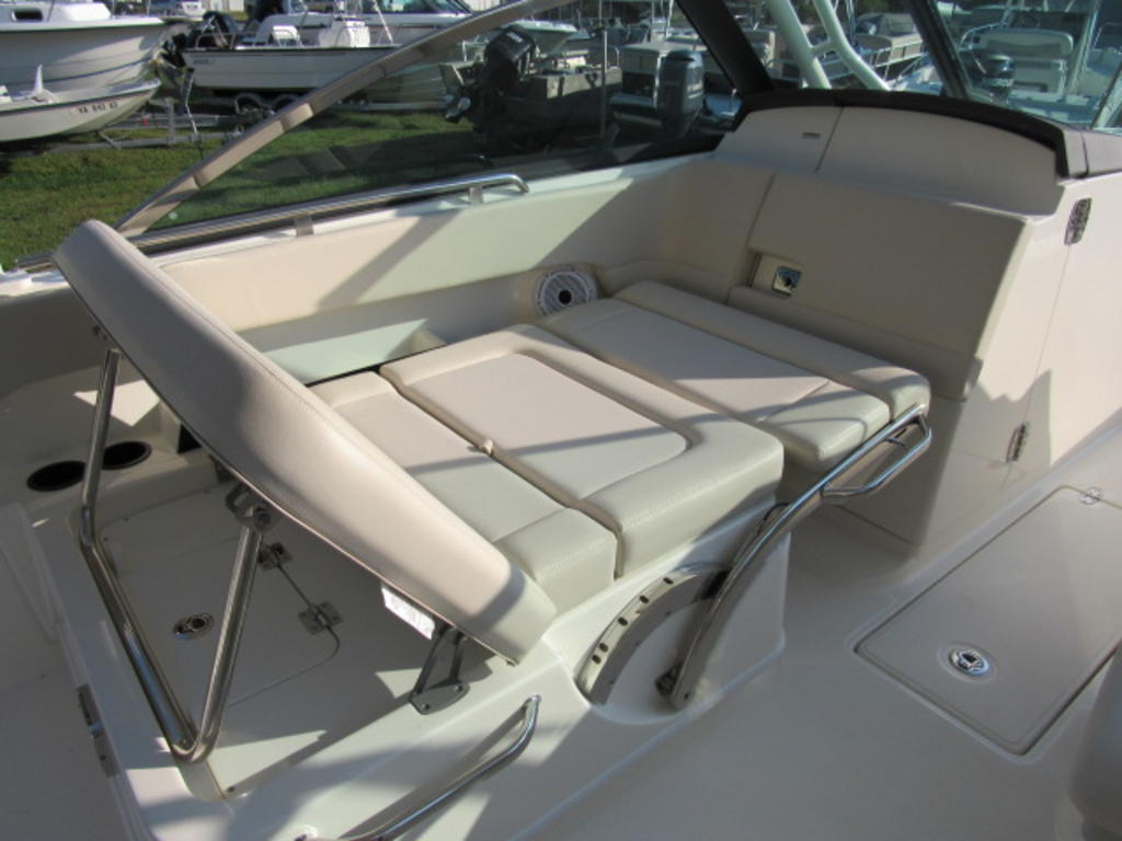 2019 Boston Whaler boat for sale, model of the boat is 270 Vantage & Image # 12 of 22