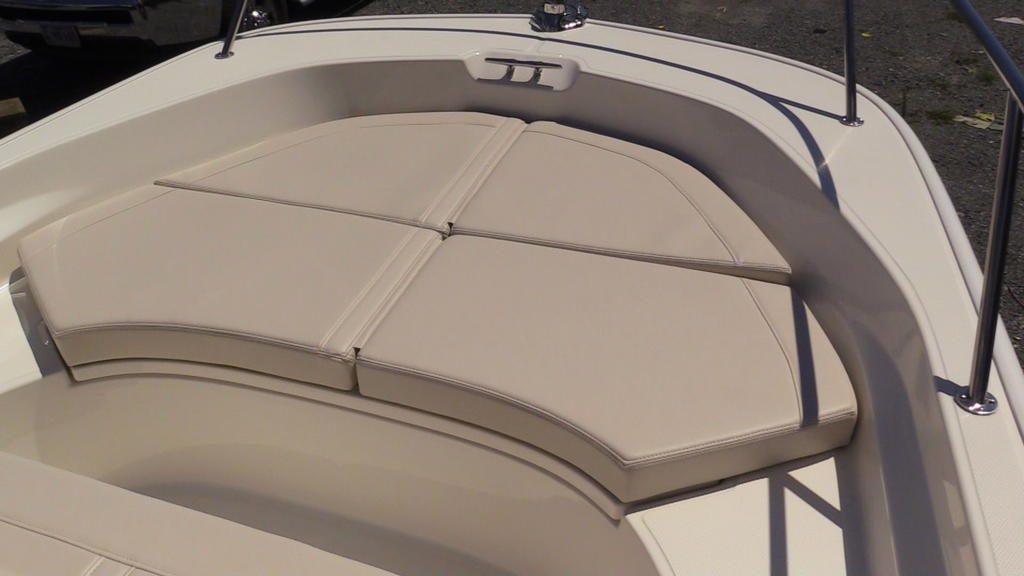 2019 Boston Whaler boat for sale, model of the boat is 170 Montauk & Image # 16 of 24