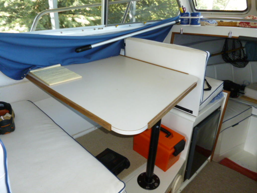 1999 Skagit Orca boat for sale, model of the boat is 27XLC & Image # 18 of 27