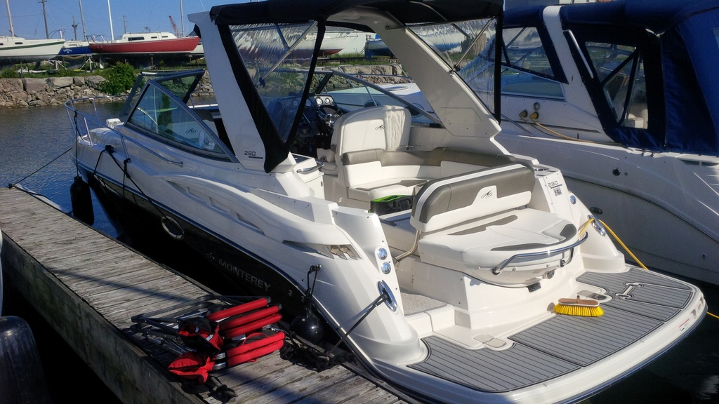 2012 Monterey boat for sale, model of the boat is 280 & Image # 3 of 5