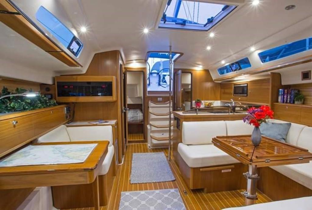 2020 Catalina Yachts Ocean Series boat for sale, model of the boat is 425 & Image # 4 of 4