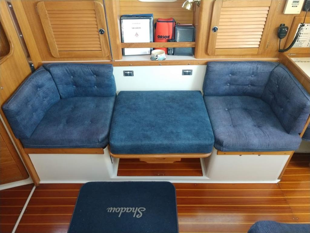 2000 Catalina Yachts Cruiser Series boat for sale, model of the boat is 36 MKII & Image # 4 of 12