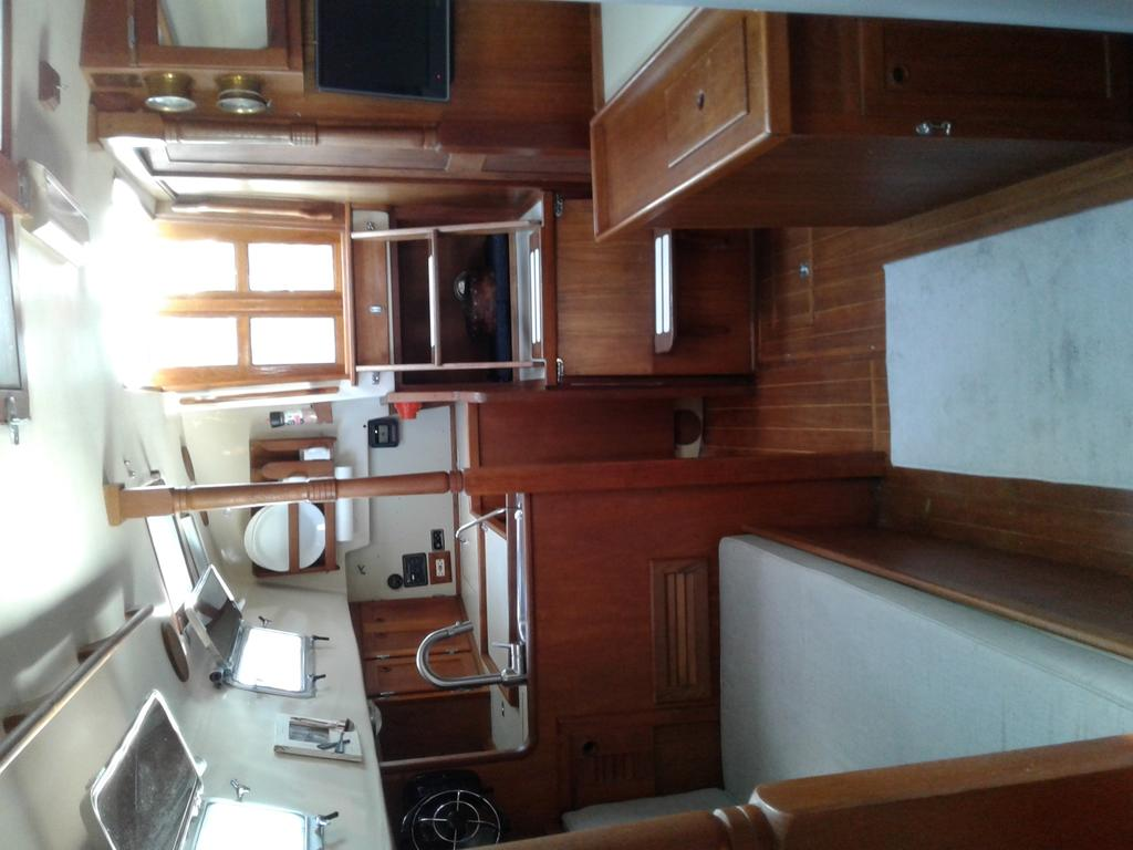 1986 Bayfield Yachts boat for sale, model of the boat is 36 & Image # 6 of 17