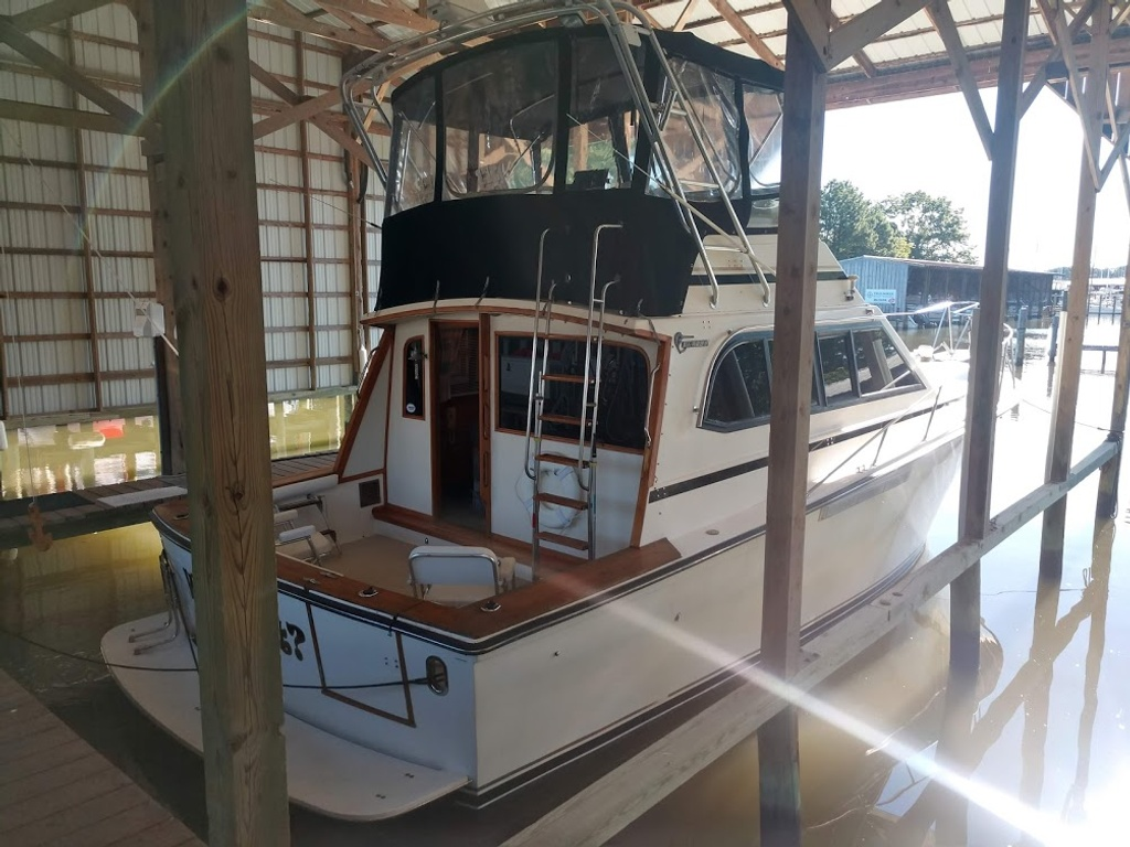 1989 Egg Harbor boat for sale, model of the boat is 37 Convertible & Image # 2 of 12