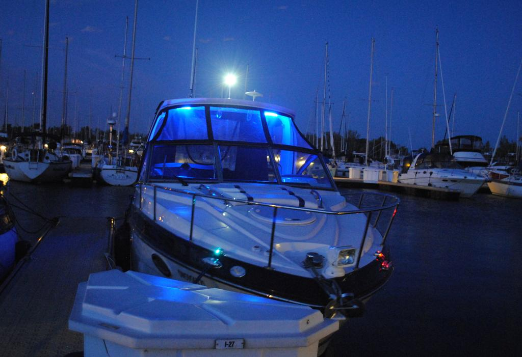 2018 Monterey boat for sale, model of the boat is 275SY & Image # 21 of 27