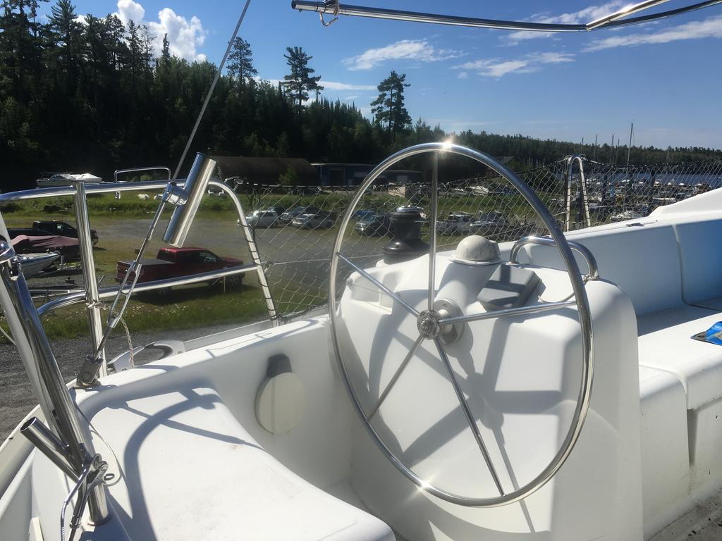 2005 Beneteau boat for sale, model of the boat is Cyclades 43.3 & Image # 19 of 21