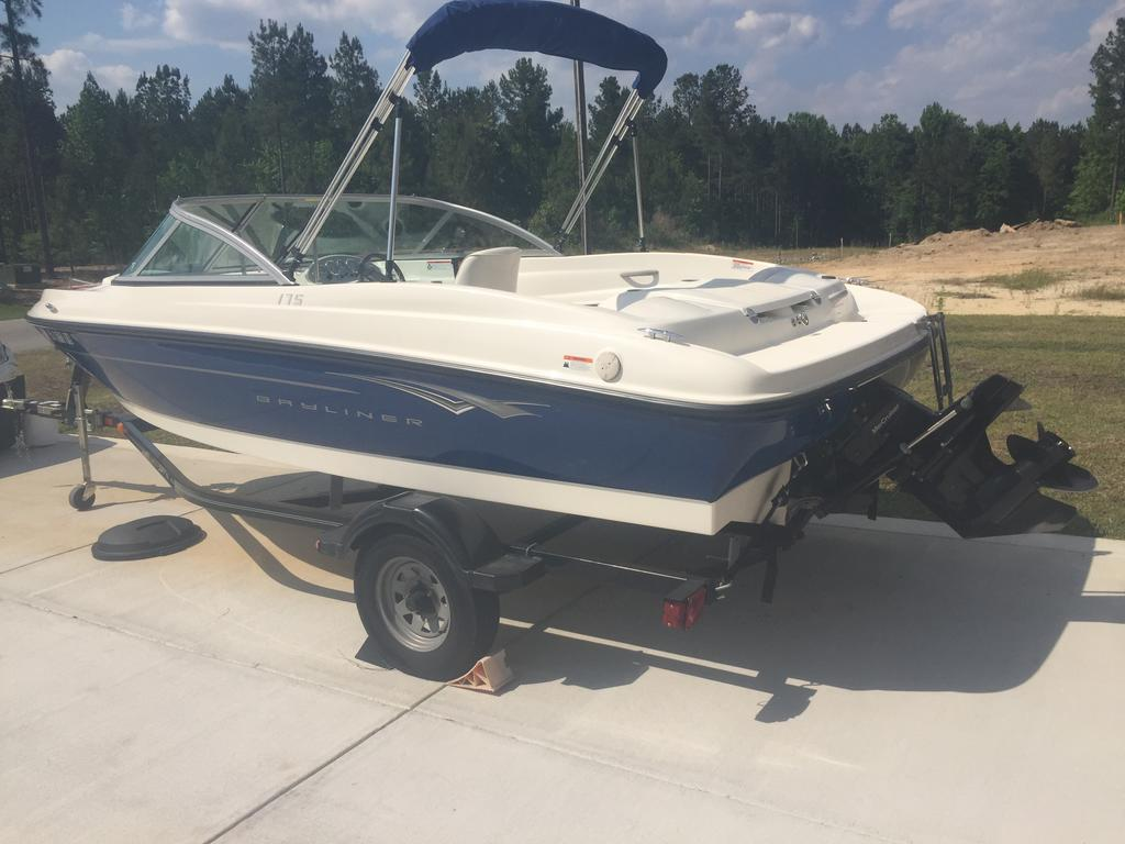 2010 Bayliner boat for sale, model of the boat is BR175 & Image # 2 of 4