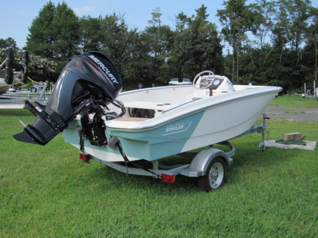 2019 Boston Whaler boat for sale, model of the boat is 130 Super Sport & Image # 6 of 14