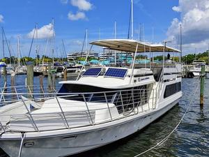 1985 BLUE WATER COASTAL CRUISER MOTORYACHT for sale