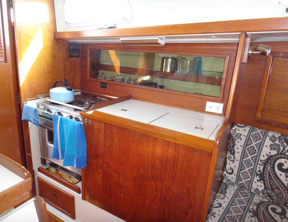 1981 Niagara boat for sale, model of the boat is 35 MkI Sloop & Image # 9 of 18