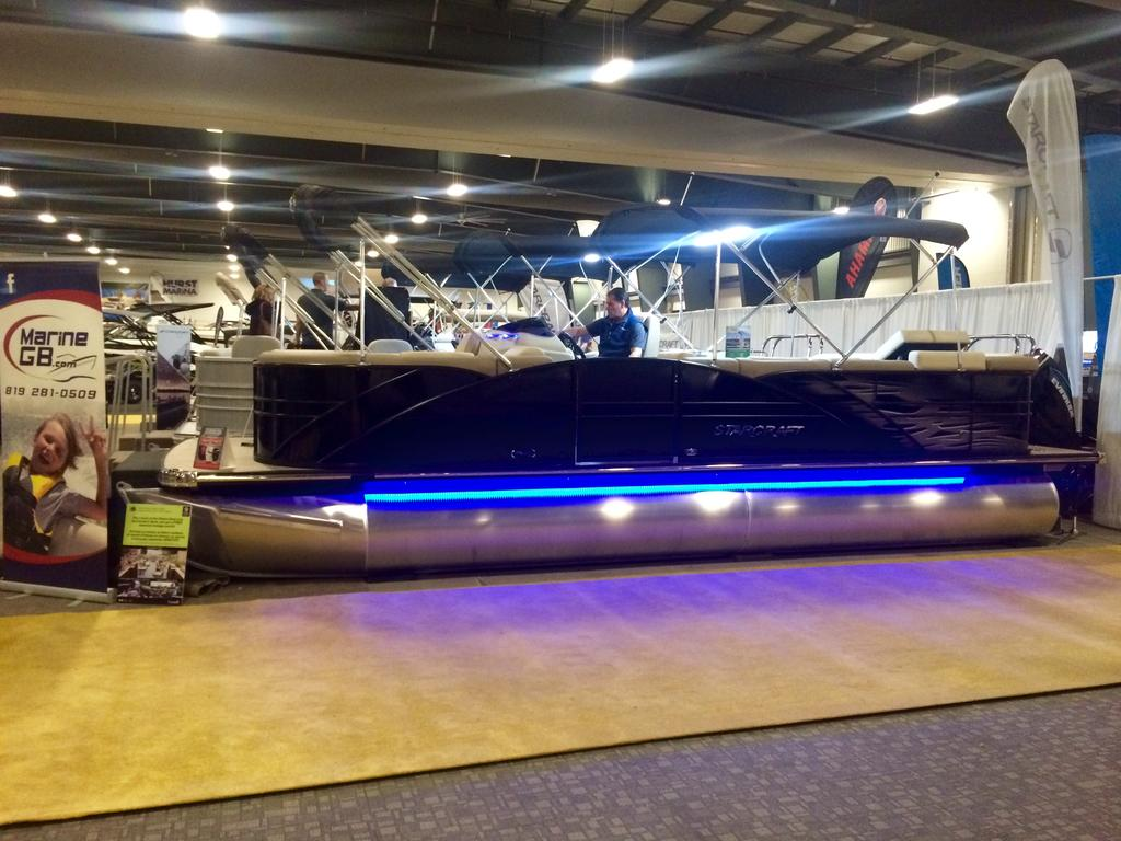 2016 Starcraft boat for sale, model of the boat is MX 23 C & Image # 1 of 13