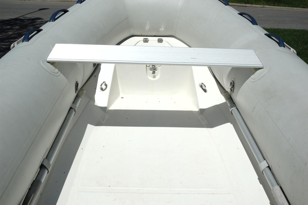 2007 Mercury Inflatables boat for sale, model of the boat is Ocean Runner 330 & Image # 3 of 7