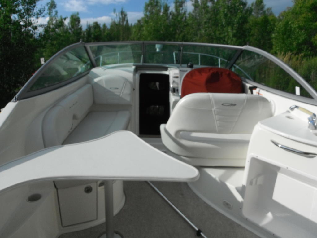 2007 Maxum boat for sale, model of the boat is 2400 se & Image # 2 of 12