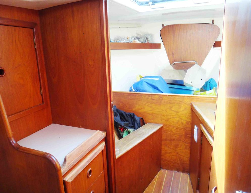 1981 Niagara boat for sale, model of the boat is 35 MkI Sloop & Image # 17 of 18