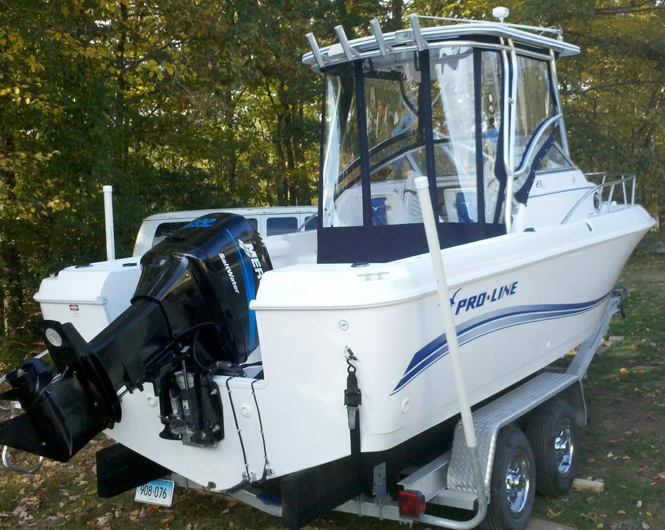 2005 Pro-Line boat for sale, model of the boat is 23 Walkaround & Image # 2 of 4