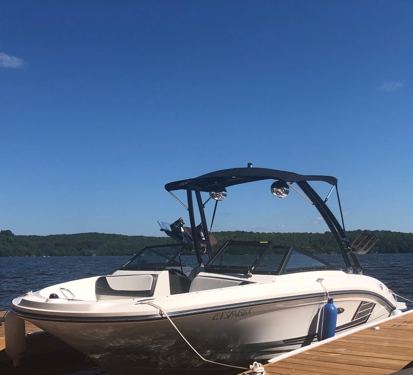 2015 Sea Ray boat for sale, model of the boat is SPX 21.5 & Image # 1 of 10