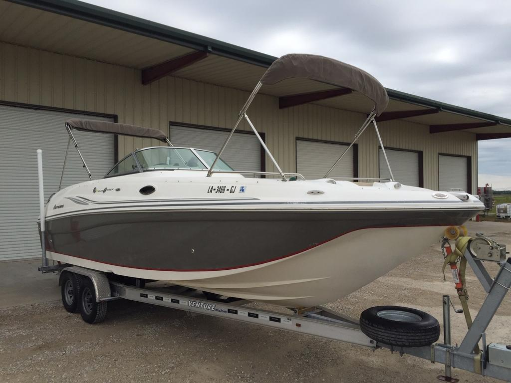 2012 Hurricane boat for sale, model of the boat is 2700 & Image # 1 of 7