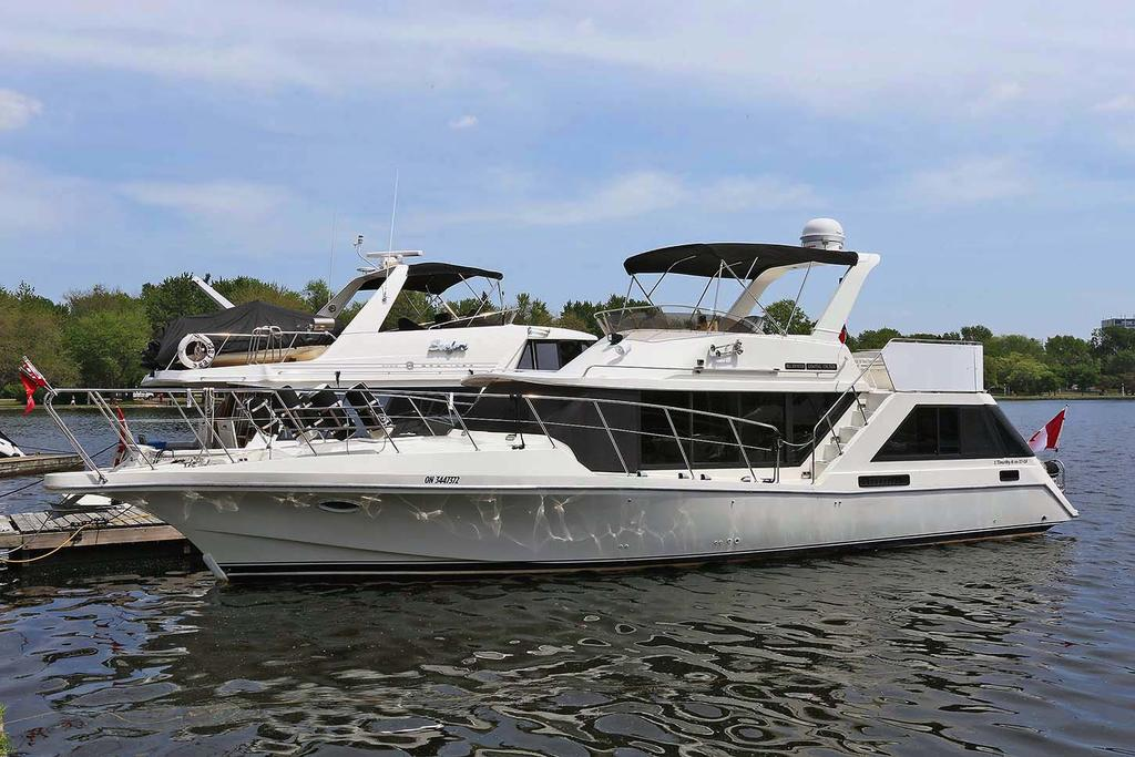 1988 Blue Water boat for sale, model of the boat is 47 COASTAL CRUISER & Image # 1 of 11