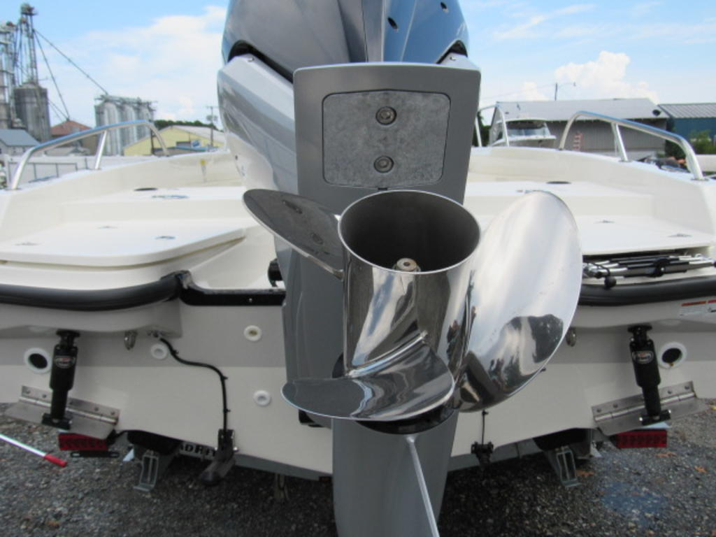 2019 Boston Whaler boat for sale, model of the boat is 240 Dauntless & Image # 6 of 27