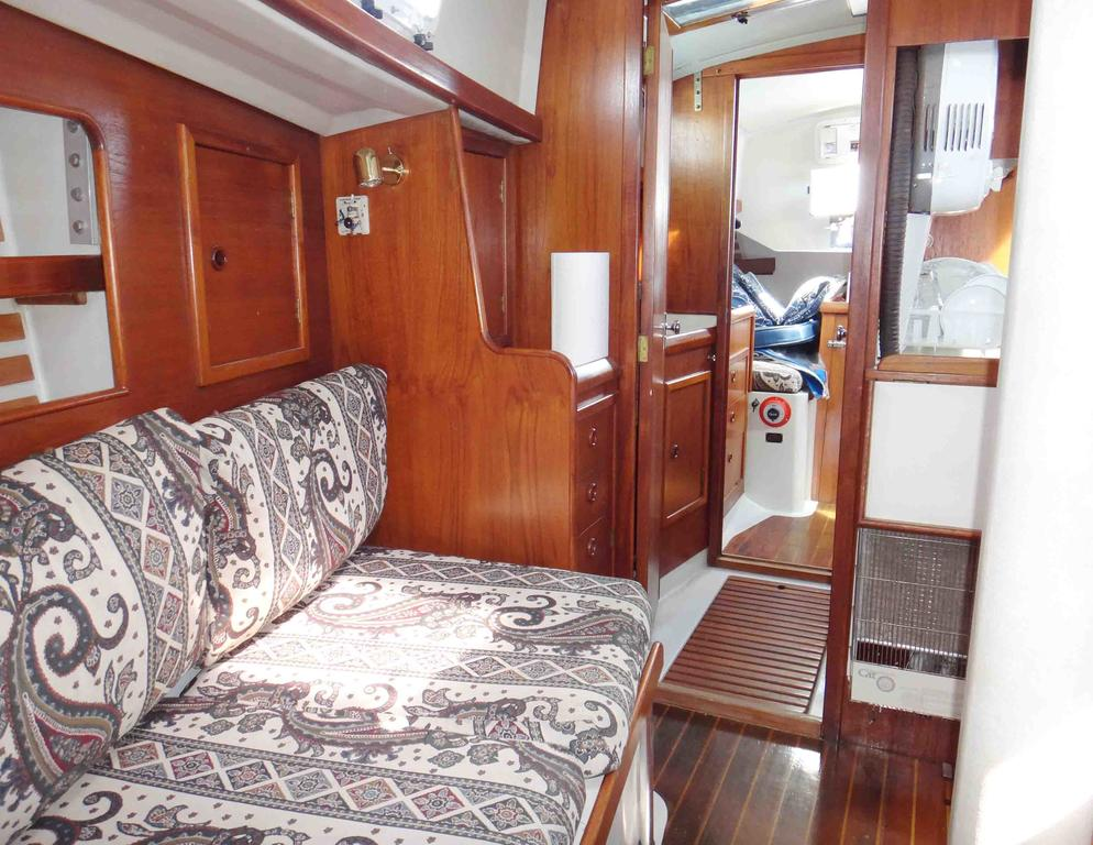 1981 Niagara boat for sale, model of the boat is 35 MkI Sloop & Image # 12 of 18