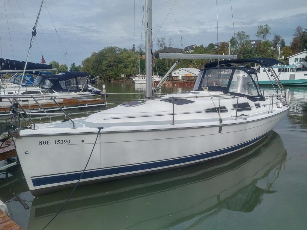 2007 Hunter boat for sale, model of the boat is 33 & Image # 1 of 8