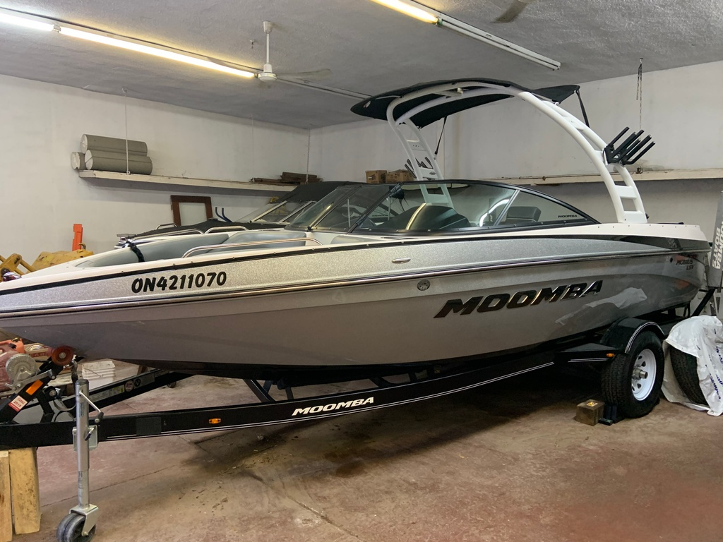 2014 Moomba boat for sale, model of the boat is Mobius LSV & Image # 12 of 16
