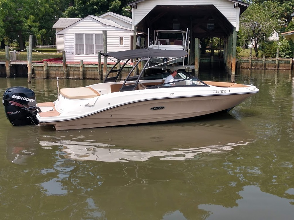 2018 Sea Ray boat for sale, model of the boat is 230 SPXO & Image # 1 of 12